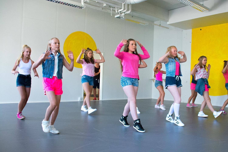 Sun Tanssistudio sali